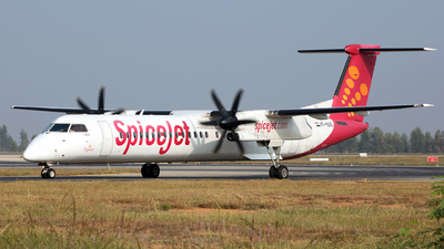 A picture of VTSUD - De Havilland Canada Dash 8400 - SpiceJet - © Girish B