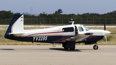 YV2295 - Mooney M20 - Private