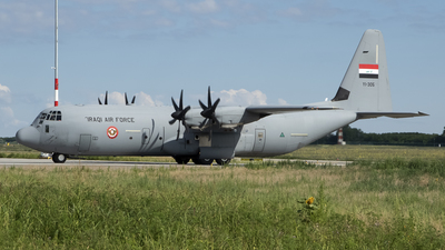 YI-305 - Lockheed Martin C-130J-30 Hercules - Iraq - Air Force