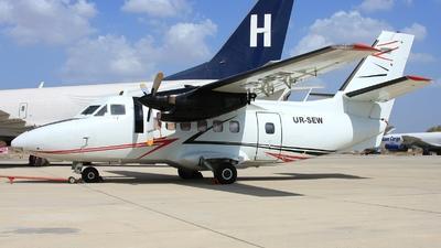 UR-SEW - Let L-410UVP Turbolet - Lukoil-Avia