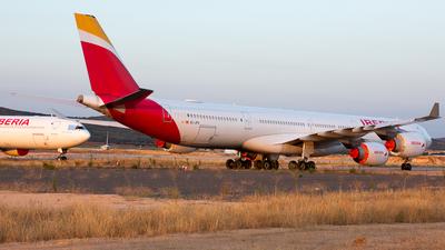 A picture of ECJPU - Airbus A340642 - [0744] - © Philipp Greiml