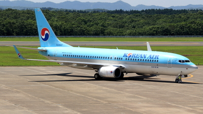 HL8247 - Boeing 737-8SH - Korean Air
