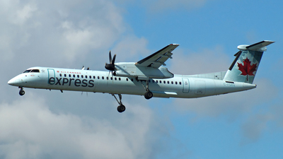 C-FSRN - Bombardier Dash 8-Q402 - Air Canada Express (Jazz Aviation)