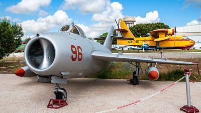 42 - Mikoyan-Gurevich Mig-17F Fresco - Bulgaria - Air Force