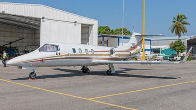 XB-JHV - Gates Learjet 29 - Private