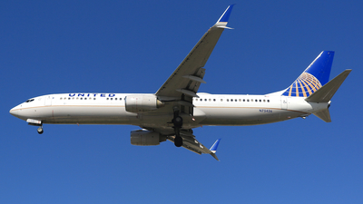 N75426 - Boeing 737-924ER - United Airlines