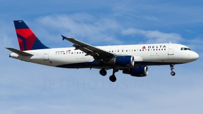 N335NW - Airbus A320-212 - Delta Air Lines