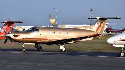 HB-FWH - Pilatus PC-12/47E - Private