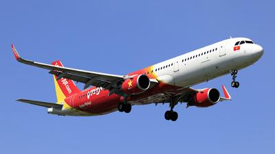 VN-A677 - Airbus A321-211 - VietJet Air