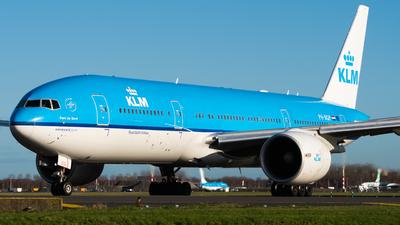 A picture of PHBQP - Boeing 777206(ER) - KLM - © Wilko Doodhagen