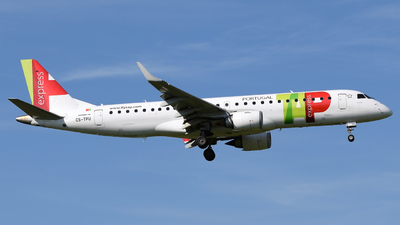 CS-TPU - Embraer 190-100LR - TAP Express