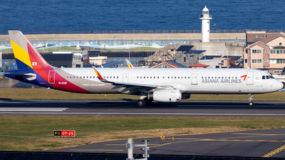 HL8018 - Airbus A321-231 - 6395