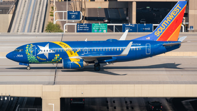 A picture of N727SW - Boeing 7377H4 - Southwest Airlines - © Jake  Sevigny