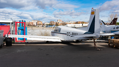 EC-BVU - SIAI-Marchetti S205 20/R - Private
