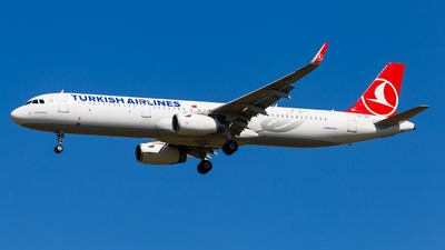 TC-JTP - Airbus A321-231 - Turkish Airlines