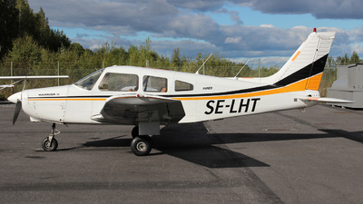 SE-LHT - Piper PA-28-161 Warrior II - Private