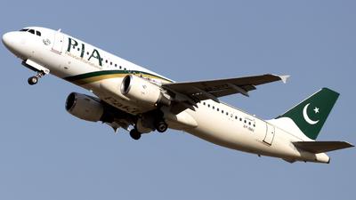 AP-BMX - Airbus A320-214 - Pakistan International Airlines (PIA)