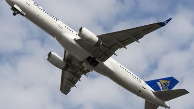 A picture of P4EAS - Boeing 7572G5 - Air Astana - © OSDU