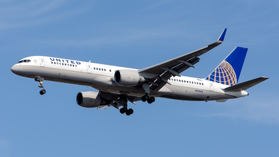 N555UA - Boeing 757-222 - United Airlines