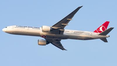 TC-LJJ - Boeing 777-3F2ER - Turkish Airlines
