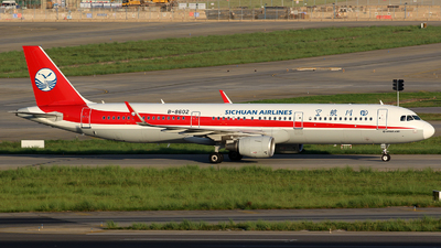 A picture of B8602 - Airbus A321211 - Sichuan Airlines - © Zhangliming