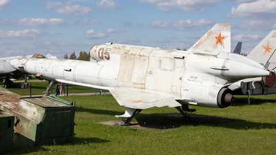 05 - Tupolev Tu-141 Strizh - Soviet Union - Air Force