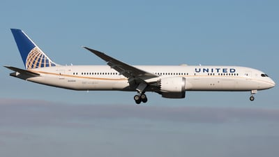 A picture of N45956 - Boeing 7879 Dreamliner - United Airlines - © Sierra Aviation Photography