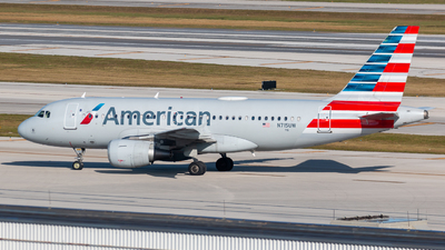A picture of N715UW - Airbus A319112 - American Airlines - © Hector Rivera - Puerto Rico Spotter