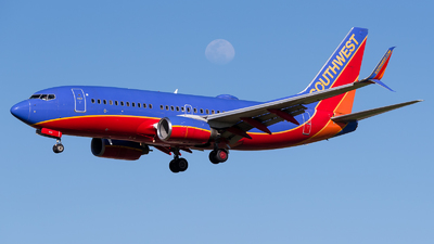 N904WN - Boeing 737-7H4 - Southwest Airlines