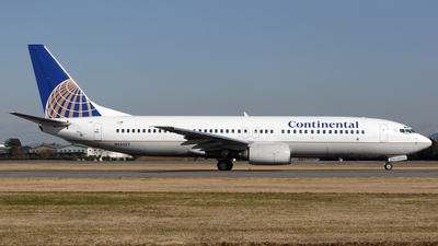 N13227 - Boeing 737-824 - Continental Airlines