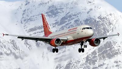 VT-SCN - Airbus A319-112 - Air India