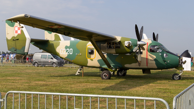 0220 - PZL-Mielec M-28B/PT Skytruck - Poland - Air Force