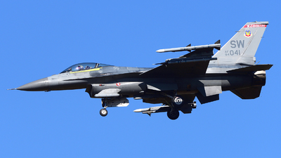 94-0041 - Lockheed Martin F-16CJ Fighting Falcon - United States - US Air Force (USAF)