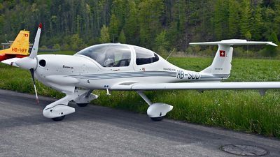 HB-SDD - Diamond DA-40 Diamond Star - Private