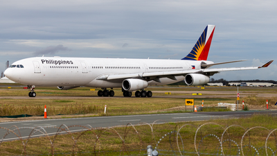 RP-C3439 - Airbus A340-313X - Philippine Airlines
