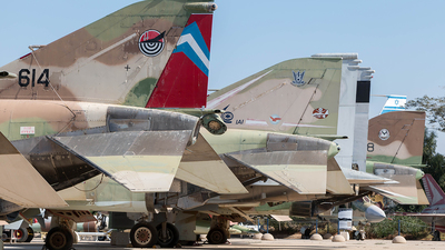 614 - McDonnell Douglas F-4E Kurnass - Israel - Air Force