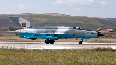 6607 - Mikoyan-Gurevich MiG-21MF Lancer C - Romania - Air Force