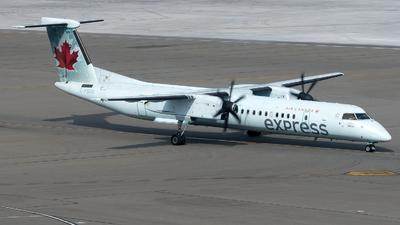 A picture of CFSRN - De Havilland Canada Dash 8400 - Air Canada - © zhangmx969