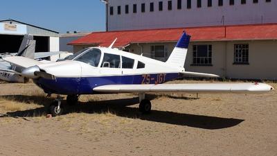 ZS-JGT - Piper PA-28-235 Cherokee C - Private