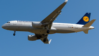 A picture of DAIUY - Airbus A320214 - Lufthansa - © Boryspil Spotter