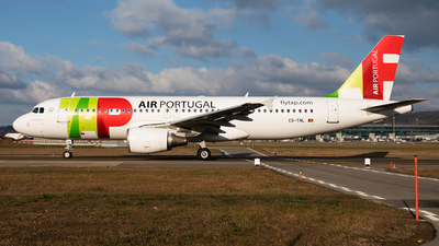 A picture of CSTNL - Airbus A320214 - TAP Air Portugal - © John Richard