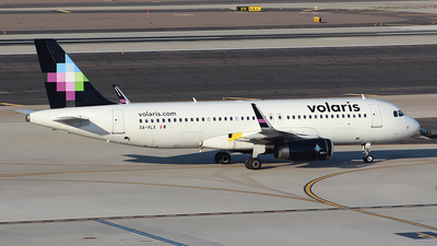 A picture of XAVLX - Airbus A320233 - Volaris - © Alexander Aston