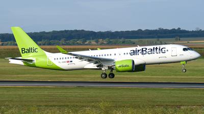 YL-ABD - Airbus A220-371 - Air Baltic