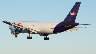 A picture of N745FD - Airbus A300B4622R(F) - FedEx - © Devin | Charleston Spotter