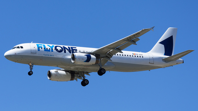 ER-AXO - Airbus A320-231 - FlyOne