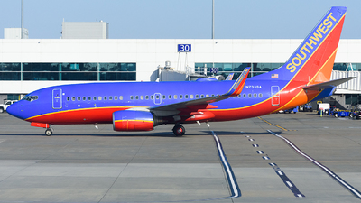 N733SA - Boeing 737-7H4 - Southwest Airlines