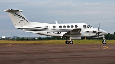 PP-SJM - Beechcraft B200 Super King Air - Private