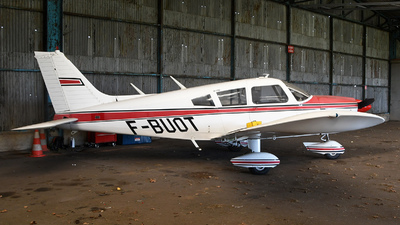 A picture of FBUOT - Piper PA28180 - [287305508] - © bruno muthelet