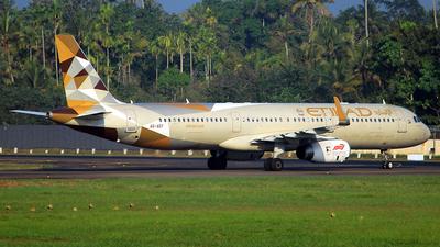 A picture of A6AEF - Airbus A321231 - Etihad Airways - ©  Rohit  Ramachandran