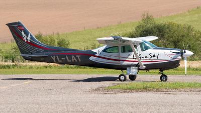 YL-LAT - Cessna TR182 Turbo Skylane RG - Skydive Latvia